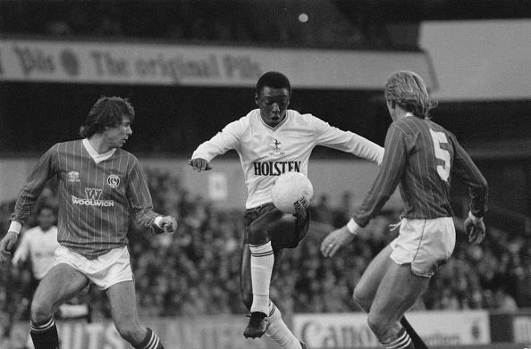 Black History in the UK「Tottenham Hotspur v Charlton Athletic」:写真・画像(14)[壁紙.com]