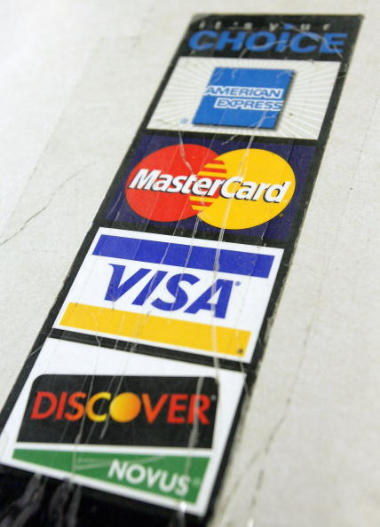 Credit Card Purchase「Consumer Spending Drives Two-Thirds Of U.S. Economy」:写真・画像(6)[壁紙.com]