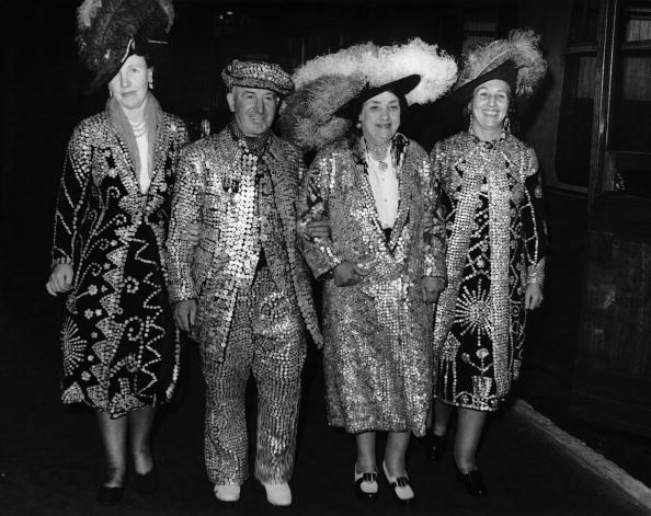 Four People「Pearly Family」:写真・画像(8)[壁紙.com]