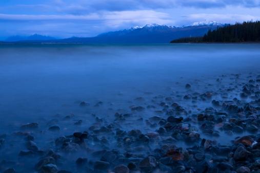 クルエーン山脈「湖クルエーン」:スマホ壁紙(6)