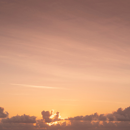 Sunrise - Fort Lauderdale「Orange sky and clouds at sunrise」:スマホ壁紙(13)