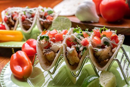 Sour Cream「Delicious Grilled Shrimp Street Tacos」:スマホ壁紙(4)
