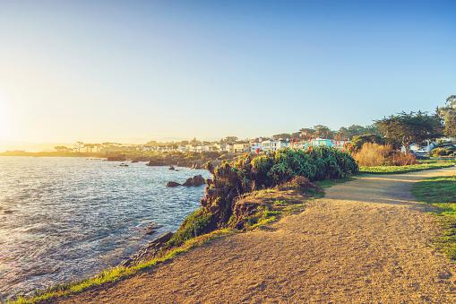 Monterey Peninsula「scenic carmel beach of Carmel-by-the-Sea,California」:スマホ壁紙(1)