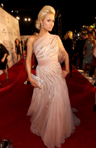 Asymmetric Dress「NBCUniversal/Focus Features Golden Globes Viewing And After Party Sponsored By Chrysler - Red Carpet」:写真・画像(18)[壁紙.com]
