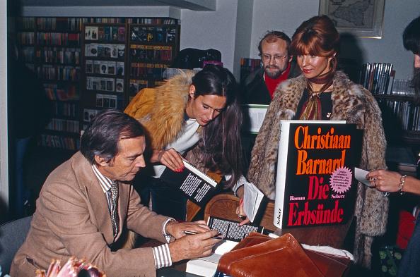 Hardcover Book「Christiaan Barnard」:写真・画像(5)[壁紙.com]