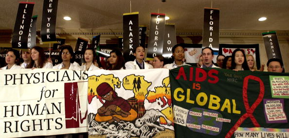 Stefan Zaklin「Students Rally On Capitol Hill For Fight Against AIDS」:写真・画像(11)[壁紙.com]