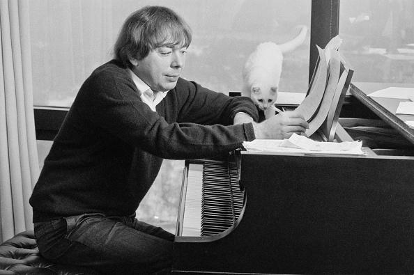 Musical instrument「Andrew Lloyd Webber」:写真・画像(13)[壁紙.com]