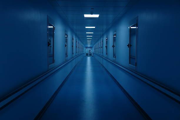 Long and Dark Hospital Hallway:スマホ壁紙(壁紙.com)