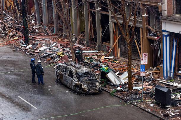 Volunteer Group Helps Clean Up Nashville Bombing Site:ニュース(壁紙.com)