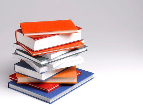 University Student「Pile of textbooks, for hardworking student」:スマホ壁紙(17)