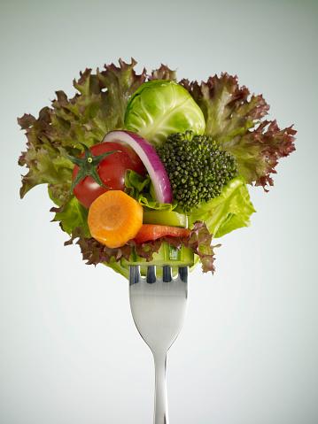 Broccoli「Fresh Salad (Clipping Path)」:スマホ壁紙(12)