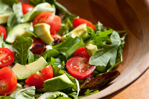Avocado「Fresh salad with cherry tomatoes, avocado and mixed greens」:スマホ壁紙(1)
