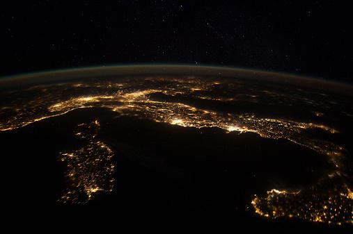 Tyrrhenian Sea「Nighttime panorama showing city lights of Europe.」:スマホ壁紙(18)