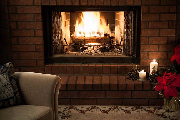 simple livingroom Christmas Fireplace scene:スマホ壁紙(壁紙.com)