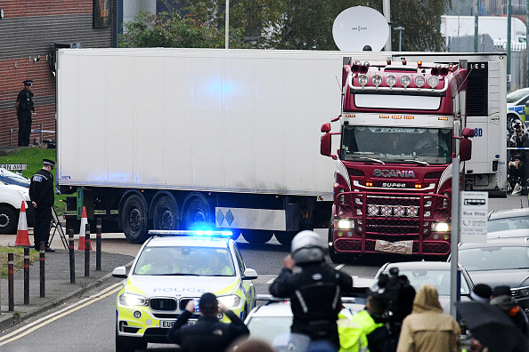 Semi-Truck「39 Bodies Discovered In Lorry In Thurrock」:写真・画像(1)[壁紙.com]