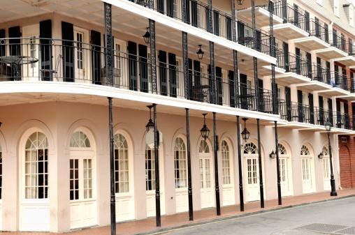 Gas Light「French Quarter New Orleans Building」:スマホ壁紙(3)