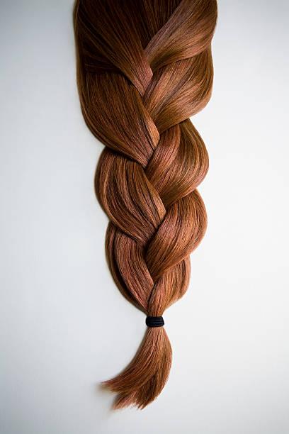 Still life of red haired braid on white background:スマホ壁紙(壁紙.com)