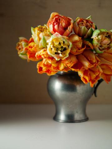 Abundance「Still life with tulips in a vase」:スマホ壁紙(7)