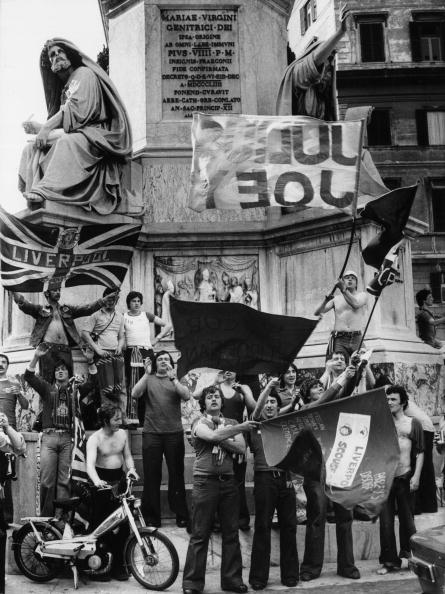 Street「Liverpool Supporters」:写真・画像(0)[壁紙.com]