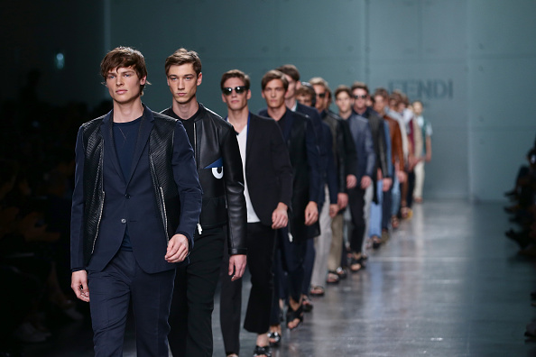 ファッションショー「Fendi - Runway - Milan Fashion Week Menswear Spring/Summer 2015」:写真・画像(5)[壁紙.com]