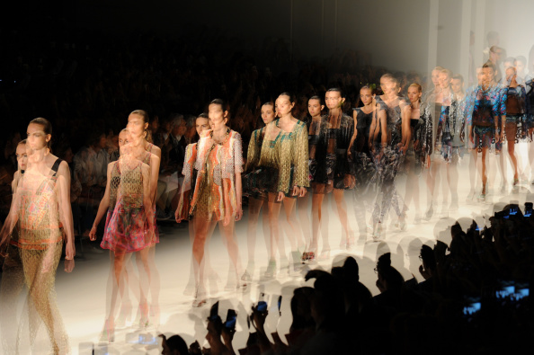 Catwalk - Stage「Mercedes-Benz Fashion Week Spring 2015 - Alternative Views」:写真・画像(4)[壁紙.com]