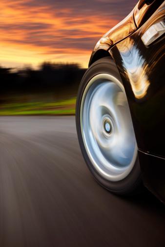 Spinning「Sports Car Speed Sunset.」:スマホ壁紙(1)