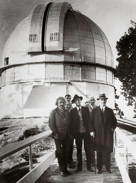 Biggest「Einstein visiting the observatory of Mount Wilson」:写真・画像(3)[壁紙.com]