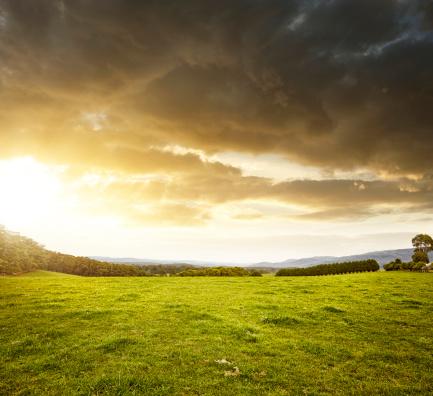 Storm Cloud「Country Landscape」:スマホ壁紙(17)