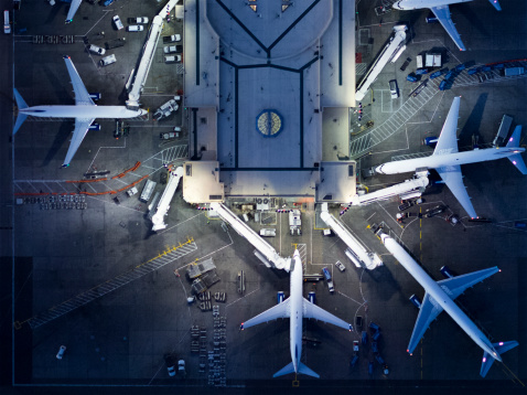 Aerial View「Airliners at  gates and Control Tower at LAX」:スマホ壁紙(7)