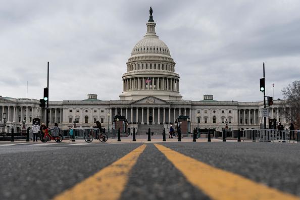 Politics「Senate Returns To Capitol Hill To Resume Debate On Overriding Veto Of NDAA」:写真・画像(5)[壁紙.com]