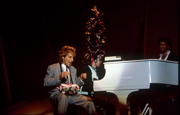 Three Quarter Length「Elton John Rod Stewart Wembley Arena」:写真・画像(6)[壁紙.com]