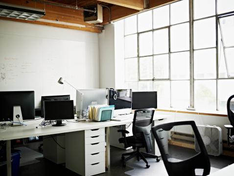 New Business「Empty High Tech Startup Office」:スマホ壁紙(11)