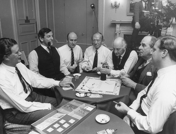 Game「Monopoly」:写真・画像(11)[壁紙.com]