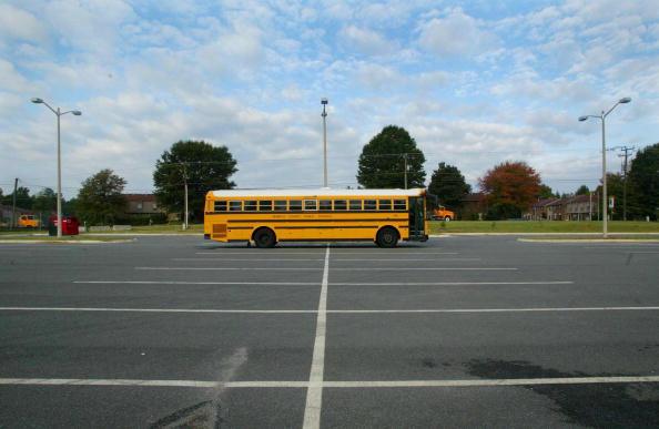 Parking Lot「Sniper Fears Close Schools in Richmond」:写真・画像(19)[壁紙.com]