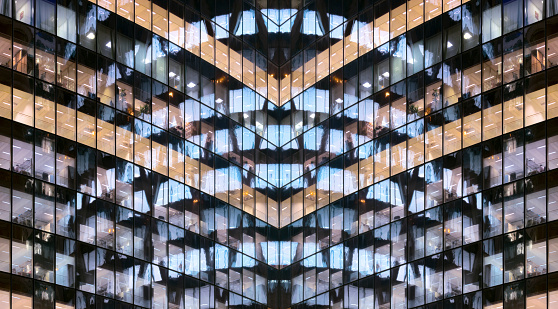 Tower「Reflections in glass office facade at dusk」:スマホ壁紙(13)