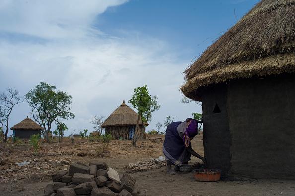 Number 100「South Sudanese Refugees Continue To Cross Into Uganda」:写真・画像(14)[壁紙.com]
