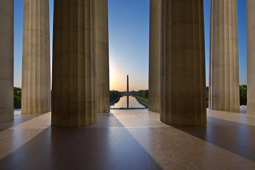 Politics「Sunrise Washington Monument Viewed from Lincoln Memorial in Washington DC, USA」:スマホ壁紙(2)