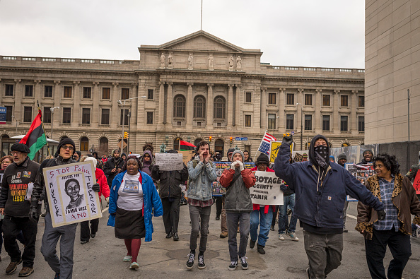 Cleveland - Ohio「Clevelanders Protest Grand Jury Decision Not To Indict Cops In Tamir Rice Shooting」:写真・画像(5)[壁紙.com]