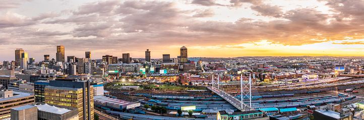 South Africa「Johannesburg cityscape with Nelson Mandela bridge panorama」:スマホ壁紙(5)