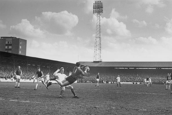 The Past「Football Tackle」:写真・画像(9)[壁紙.com]