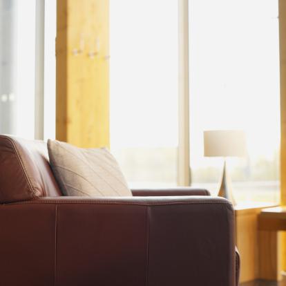 Selective Focus「armchair in a living room」:スマホ壁紙(0)