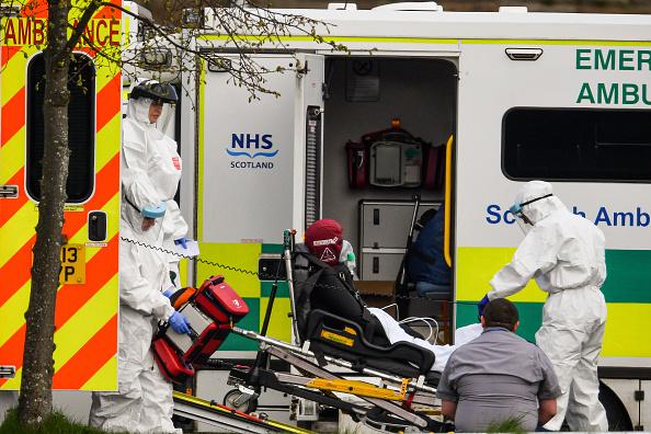 UK「UK In Fourth Week Of Coronavirus Lockdown As Death Toll Exceeds 10,000」:写真・画像(18)[壁紙.com]