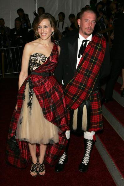 Alexander McQueen - Designer Label「MET Presents Anglomania: The Costume Institute Benefit Gala」:写真・画像(6)[壁紙.com]