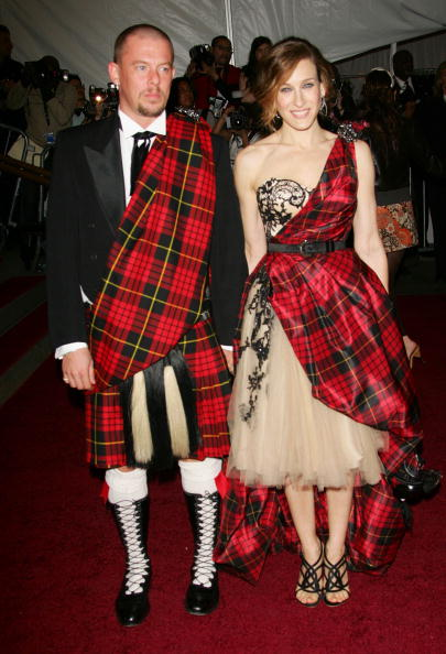 Alexander McQueen - Designer Label「MET Presents Anglomania: The Costume Institute Benefit Gala」:写真・画像(5)[壁紙.com]