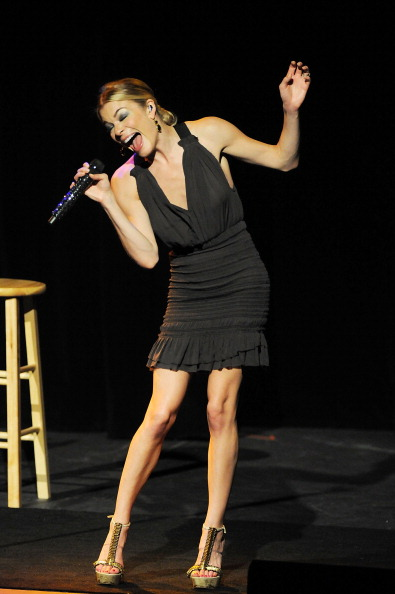 Ankle Strap Shoe「An Evening With LeAnn Rimes With Special Guest Eddie Cibrian」:写真・画像(12)[壁紙.com]