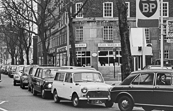 Crisis「1973 Fuel Crisis」:写真・画像(3)[壁紙.com]