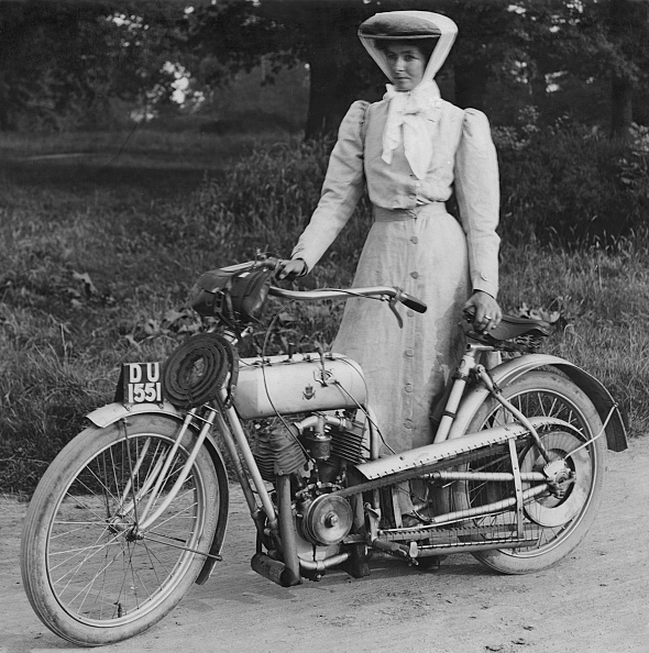 Motorcycle「1906 Rex With Motorcyclist Muriel Hind. Creator: Unknown.」:写真・画像(19)[壁紙.com]