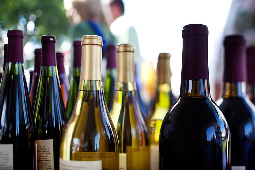 Wine Bottle「Detail of Assorted Wines」:スマホ壁紙(8)