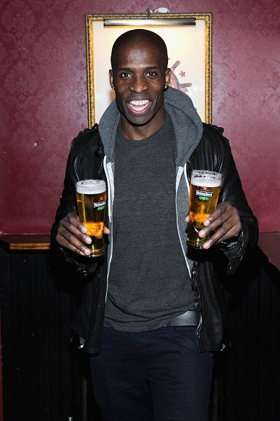 Comedian「Comedian And Actor Godfrey Hosts Comedy Movie Trivia Night For Heineken During Tribeca Film Festival In NYC」:写真・画像(16)[壁紙.com]