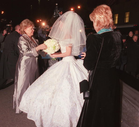 Bouquet「Tommy Mottola Weds Thalia」:写真・画像(3)[壁紙.com]